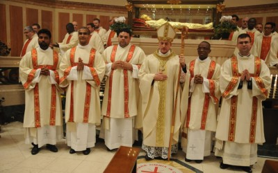 Mons. Viola ha ordinato cinque diaconi orionini