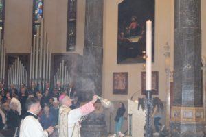 Pasqua 2019 in Basilica_veglia del rettore don Vanoi e pontificale di Mons. Viola_FOTO e AUDIO OMELIE